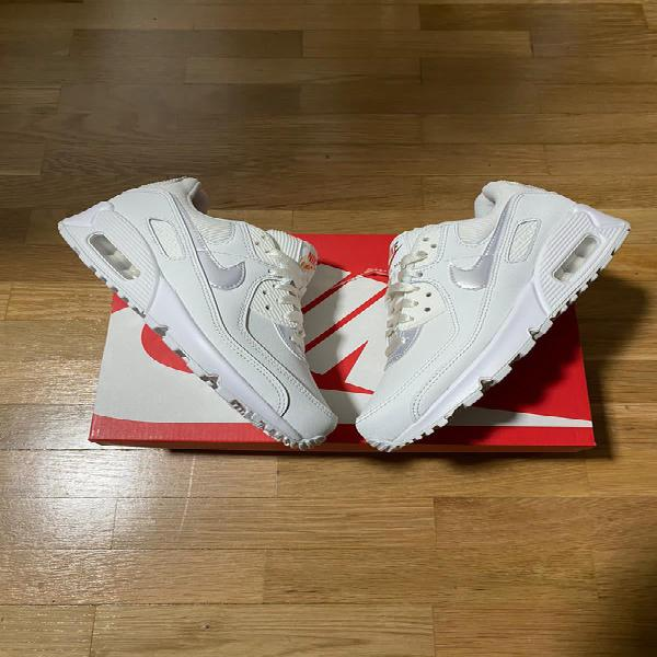 Nike air max 90 summit white jewell. talla 38.5