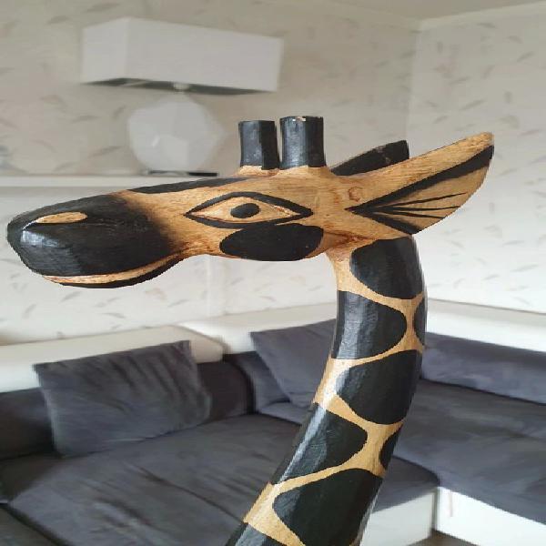 Déco girafe en bois