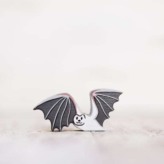 Figura de murciélago de noche de madera animales exóticos