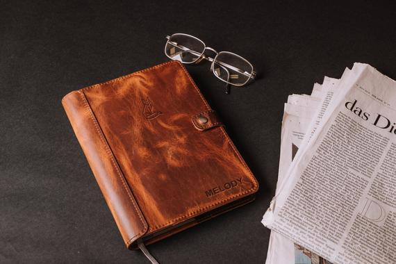 A5 cubierta de cuaderno con lazo de pluma, cubierta de cuero