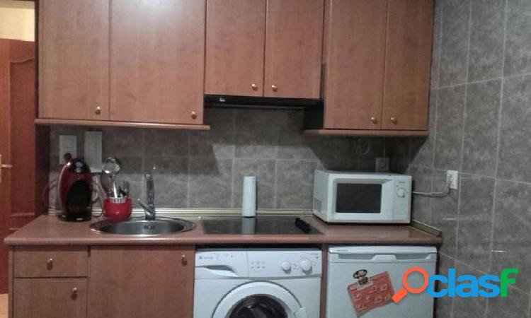 Urbis te ofrece un apartamento en alquiler en zona Vidal, Salamanca. 1
