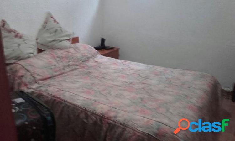 Urbis te ofrece un apartamento en alquiler en zona Vidal, Salamanca. 3