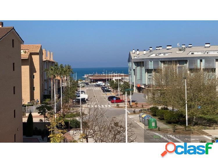 Maginifico atico duplex en residencial con vistas al mar