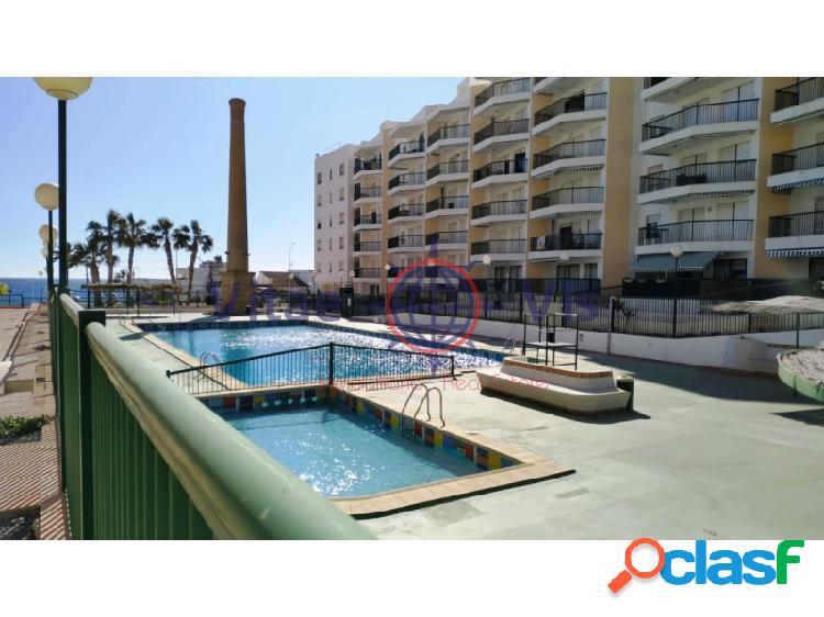 Apartamento con piscina playa de poniente