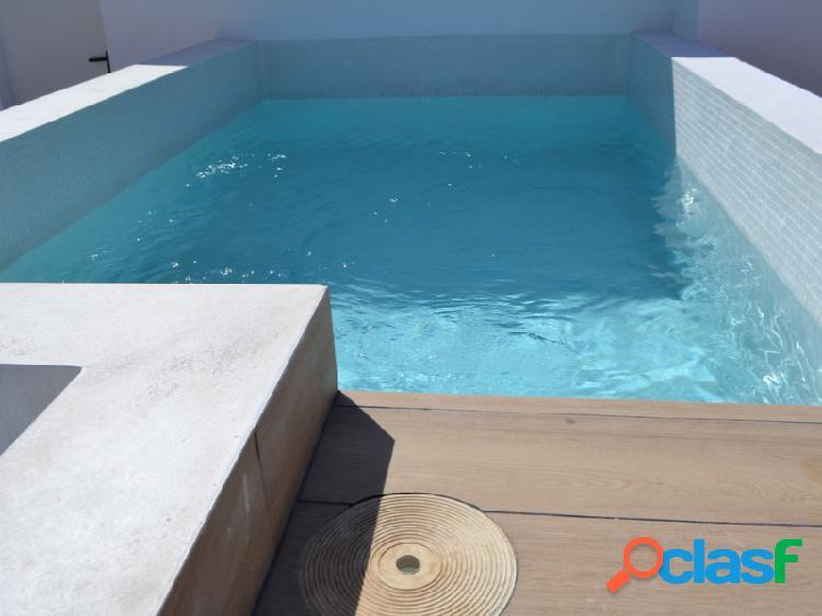 Atico nuevo a estrenar con solárium privado piscina