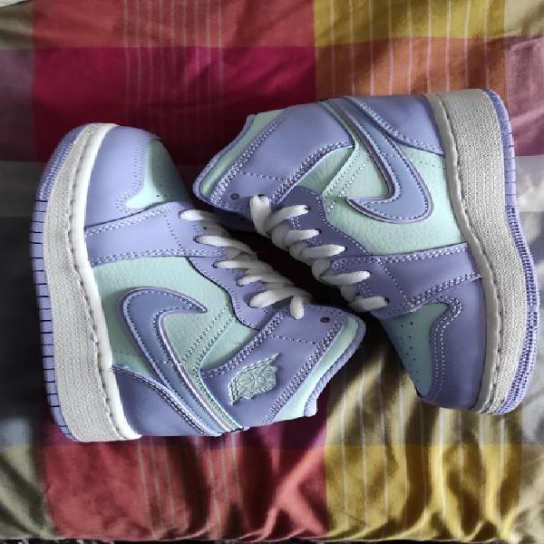 Nike air jordan 1 mid gs purple aqua
