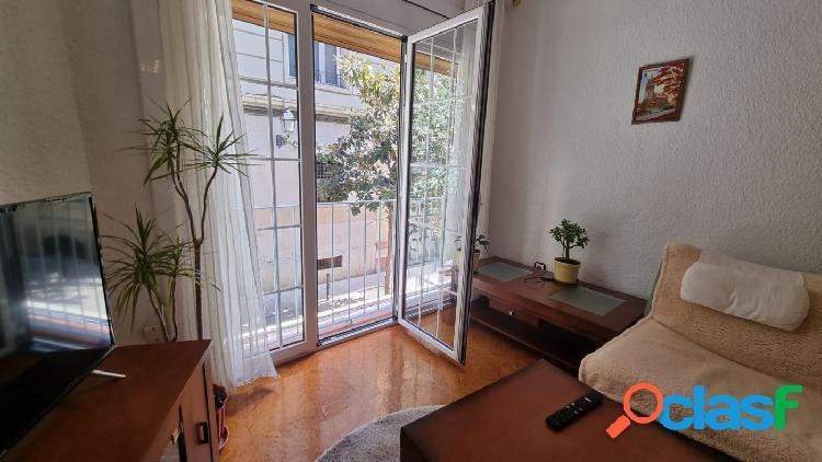 Venta piso barcelona el gotic barrio céntrico y emblemático, en muy buen estado