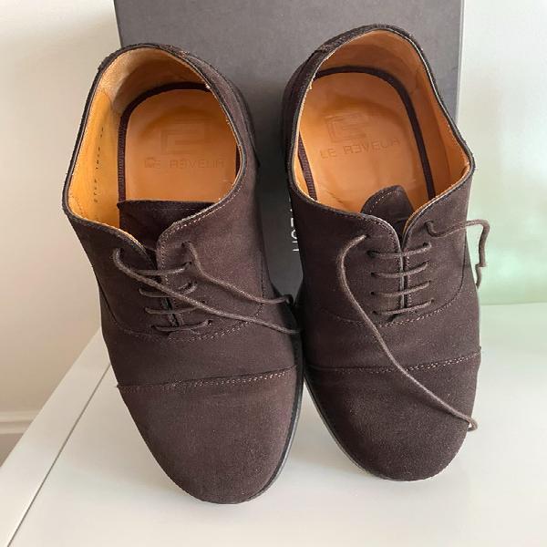 Zapatos ante marrón