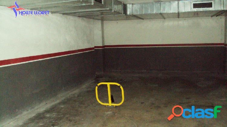 Parking de 16 m2 en fenals