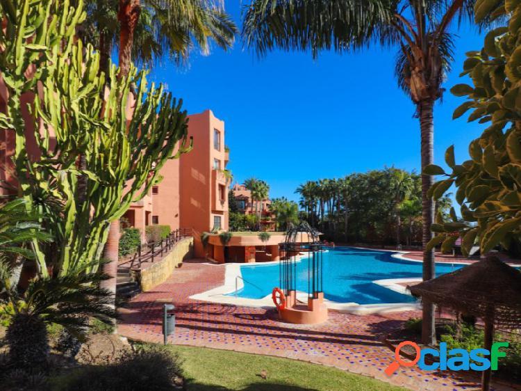 Milla de Oro de Marbella, apartamento de 2 dormitorios andando a la playa. 1