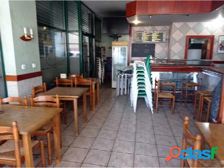 Traspaso de bar con licencia mixta C2 en via principal de Sabadell 2