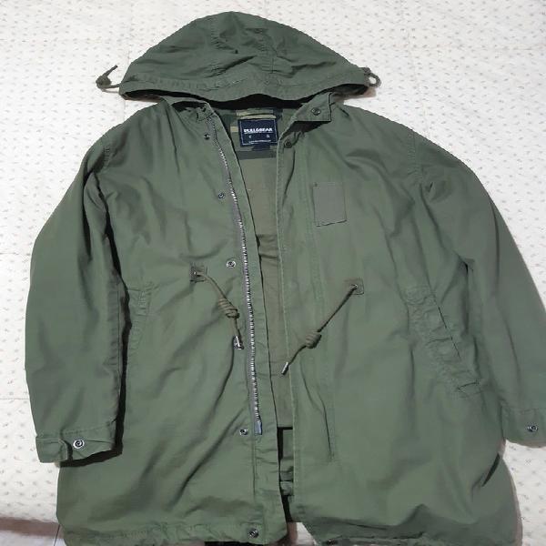 Chaqueta verde militar pull&bear