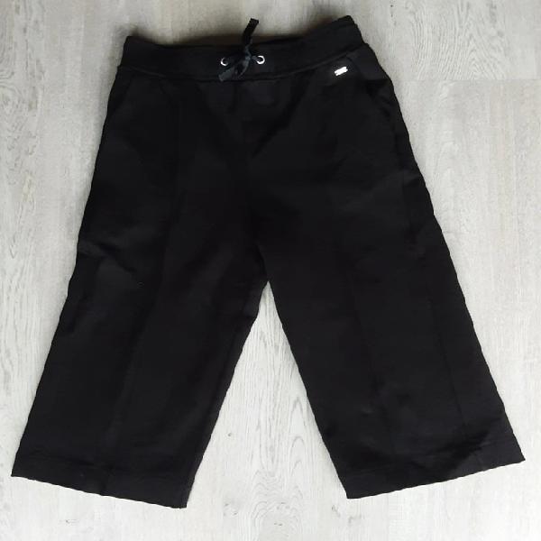 Pantalón flojo negro