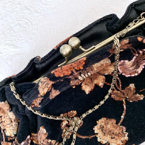 Bolso fiesta con bordados otras marcas bolsos de fiesta