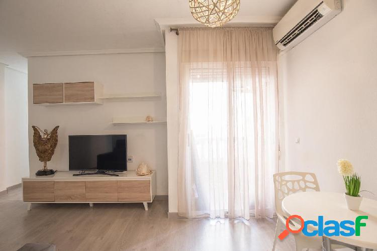 Reformado apartamento de 2 dormitorios a 5 mn a pie de la Playa del Cura 1