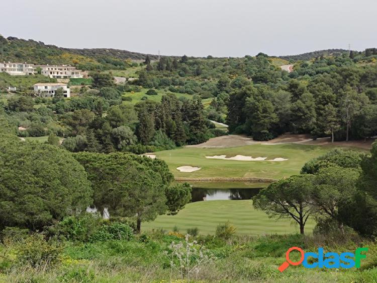 Fantástica parcela de 3.023m2 en primera línea de golf en la reserva de sotogrande