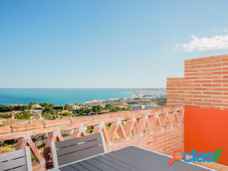 Ático dúplex con espectaculares vistas al mediterráneo!