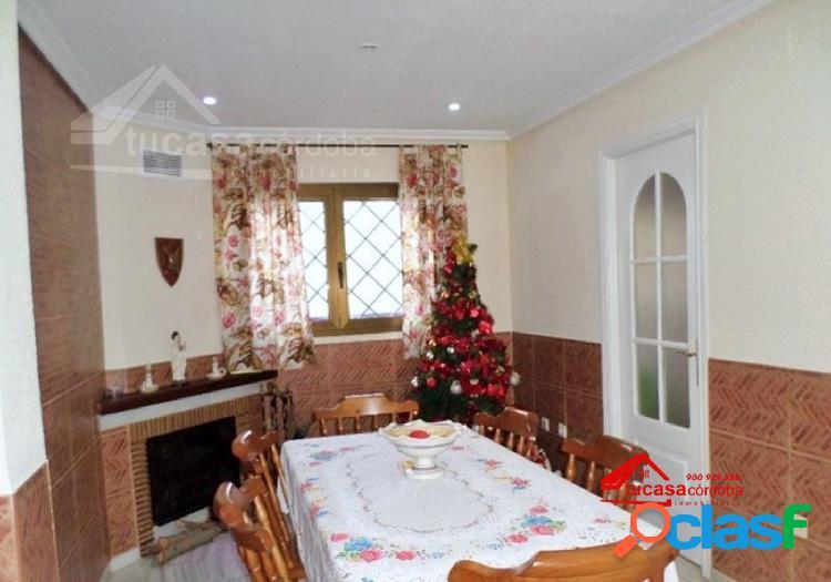 Fabulosa casa de dos plantas en zona san rafael de la albaida con terraza!!
