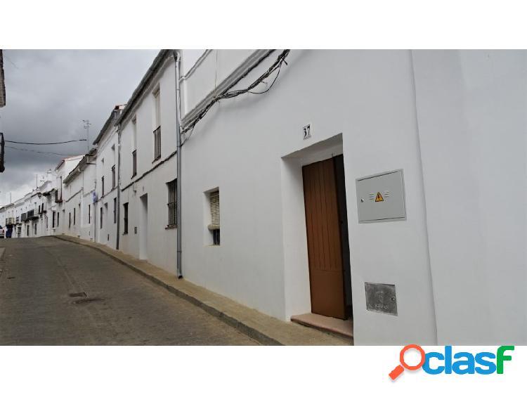 Casa de pueblo en Cazalla de la Sierra. 1