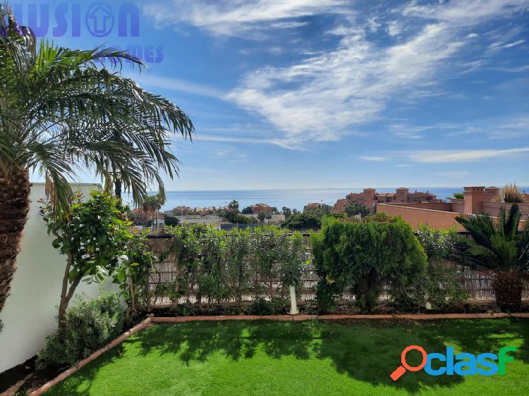 Apartamento bajo con vista al mar y jardín en los hidalgos manilva costa