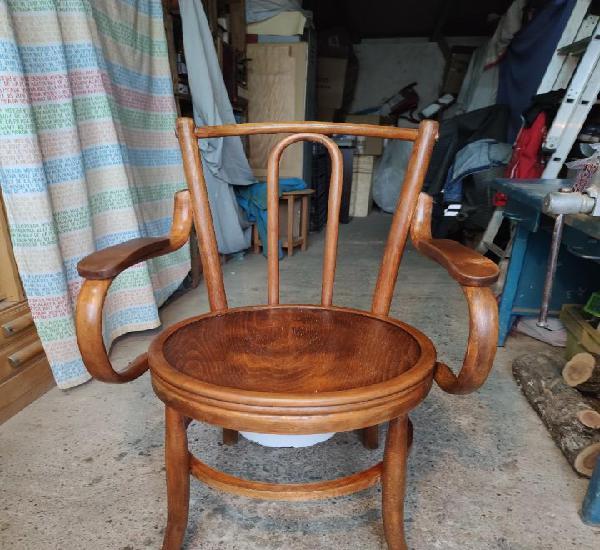 Don pedro, precioso sillon fabricado en nogal, con orinal