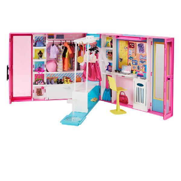 Barbie dream closet with 30+ pieces