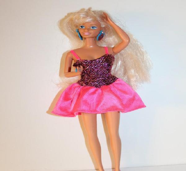 Antigua barbie de mattel spain 1966