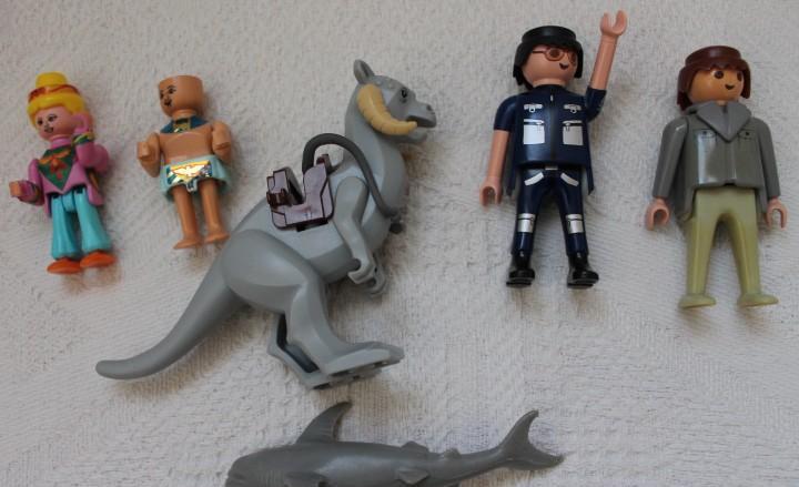 Lote de playmobil y lego, lo que se ve en la foto