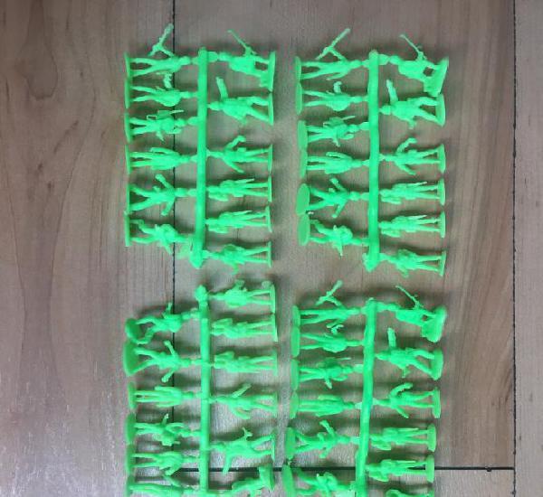 Montaplex - lote de 4 coladas soldados americanos