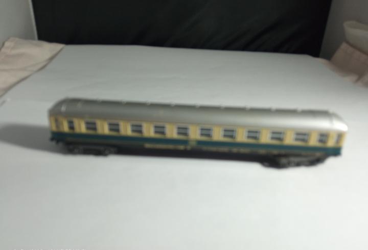 Vagón pasajeros de la db escala n de lima