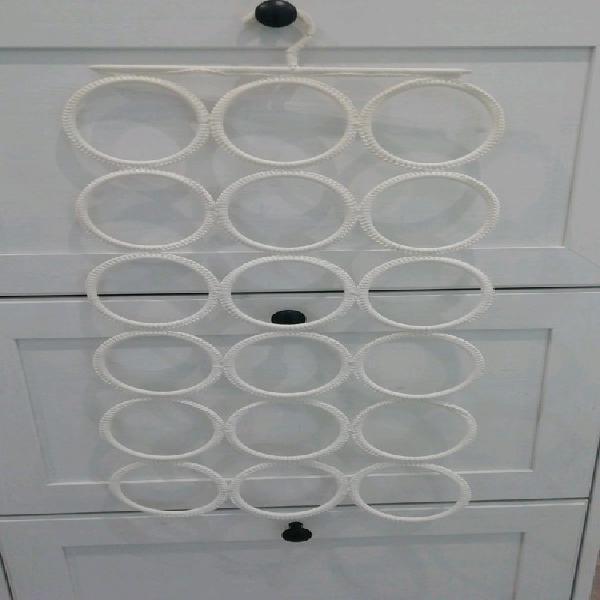 Ikea - percha - colgador