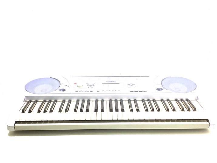 Piano yamaha psr-273