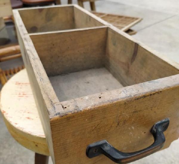 Cajones de antiguo mueble chibalete imprenta.49 cm x 20 cm x