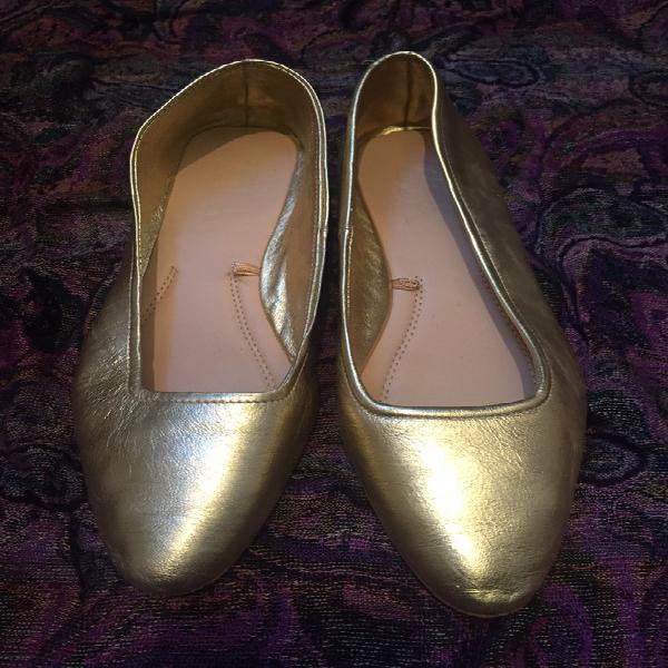 Gold ballet flats zara ????