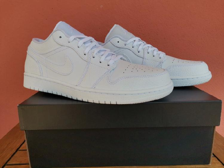 Nike air jordan 1 low blanca