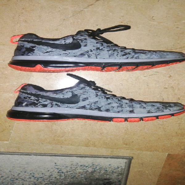 Nike originals training eu 41