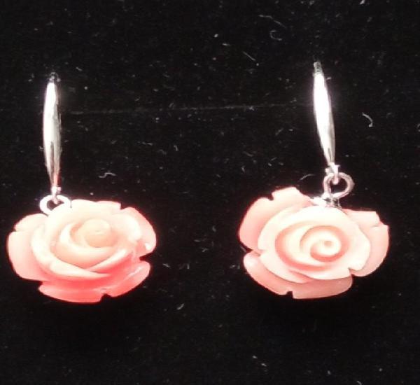 Rosa de coral reconstituido y plata de ley 925