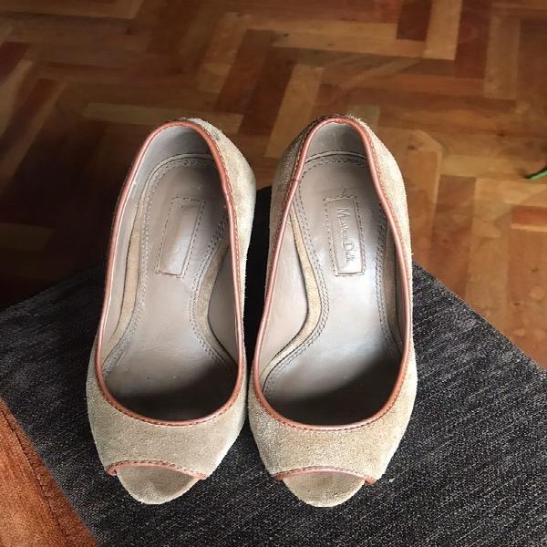 Zapatos salón en ante marrón massimo dutti