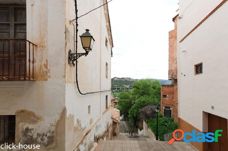 Casa histórica en centro Ademuz, ideal para casa Rural 3