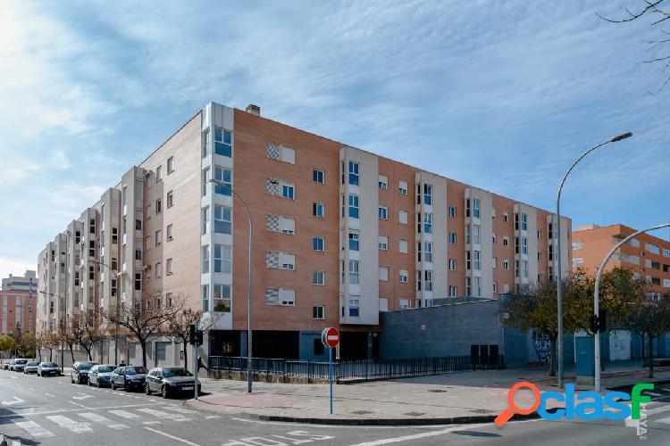 Piso, garaje y trastero en venta en Calle Los Montesinos, 2º, 03015, Alicante (Alicante) 148.000 € 1