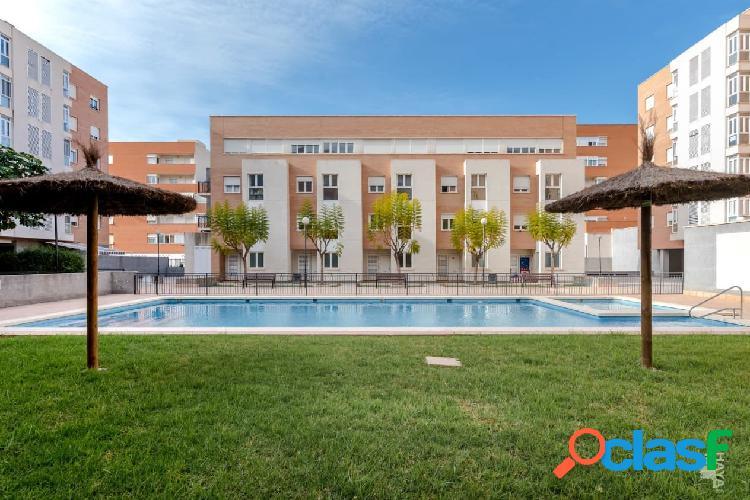 Piso, garaje y trastero en venta en Calle Los Montesinos, 2º, 03015, Alicante (Alicante) 148.000 € 2