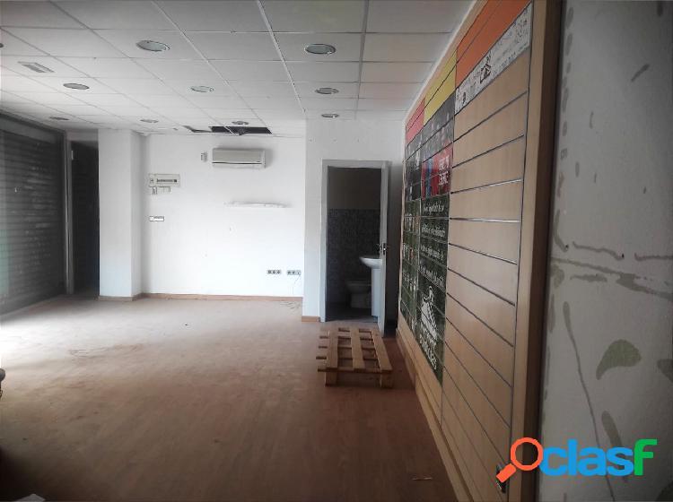 Alquiler de local comercial en Plaza Castilla (Elche) 2