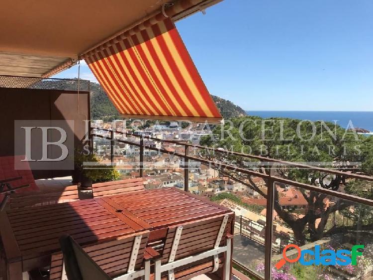 Apartamento con espectaculares vistas al mar y al castillo