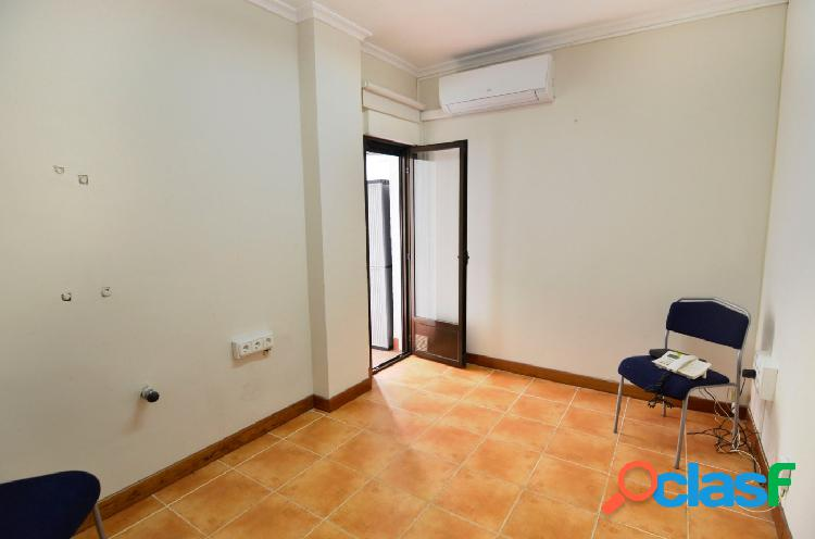 Urbis te ofrece un piso en venta en zona garrido sur, salamanca.