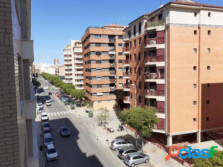 Piso VENTA en Castellón zona SUR, 120 m., 3 habitaciones, 1 baño, 1 aseo 3