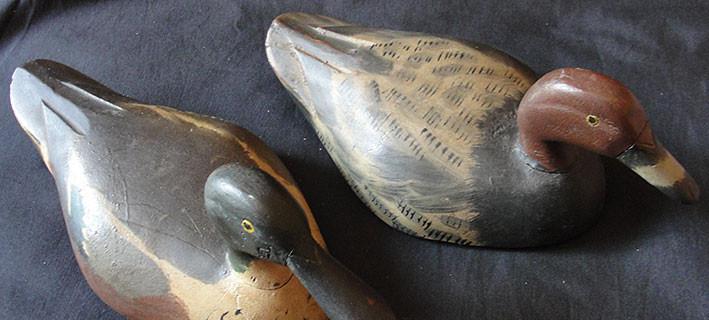 2 patos de madera señuelos de caza hechos y pintados a mano