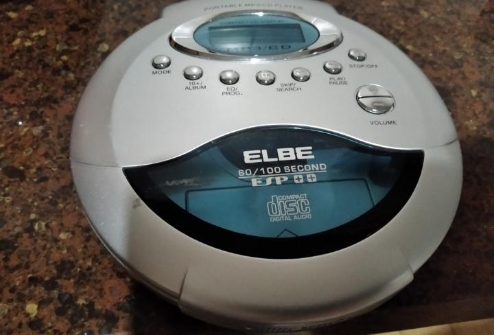 Aparato reproductor cds marca elbe