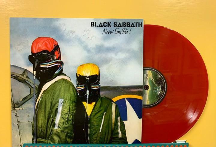 Black sabbath lp never say die! vinilo color rojo muy raro
