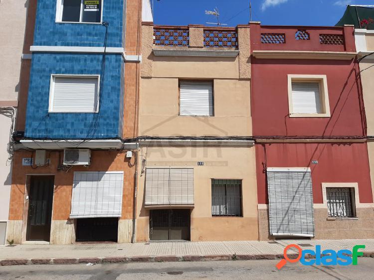 Casa en venta en alzira. sin comision inmobiliaria