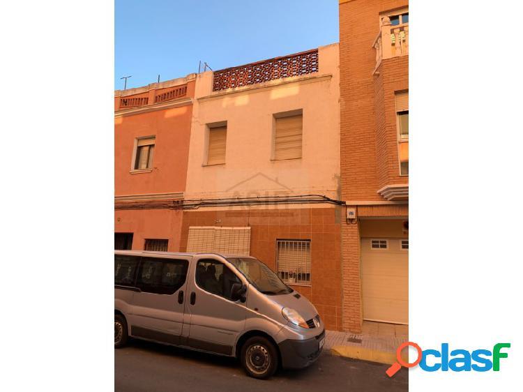 Casa en venta en alzira vivienda muy amplia y luminosa sin comisión inmobiliaria